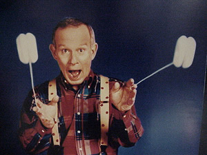 Tom Smothers and yoyos